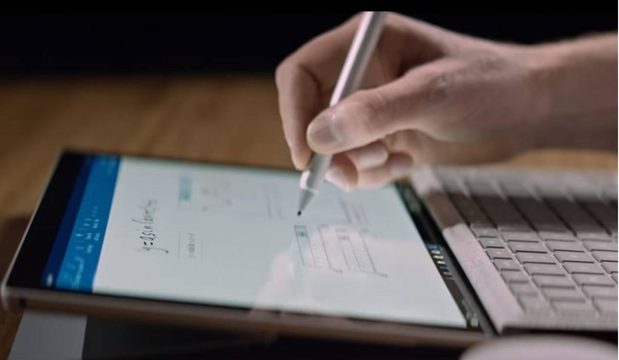 Surface Pen جدید مایکروسافت با نمایشگر اختصاصی عرضه میشود