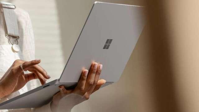 عرضه اولین لپتاپ 15 اینچ سرفیس با همکاری مایکروسافت و ایامدی